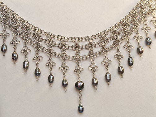 pearl chainmail necklace